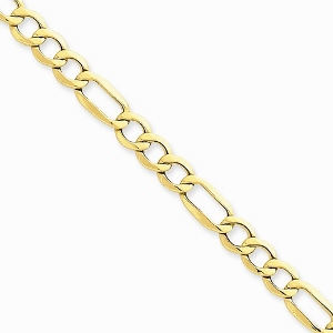 10kt 5.25mm Light Figaro Necklace, Approximate width 5.25mm This delicate bracelet is melded in 10 karat yellow gold and features a simple and delectable link arrangement that will ensure this one becomes a mainstay in your jewelry collection.