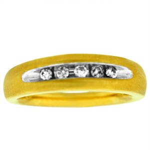 0.25 c.t.w Diamond Men's Comfort fit Band in 14 Karat Yellow gold