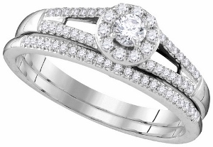 1/3 ctw Diamond Fashion Ring in 10 Karat White Gold.