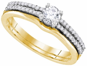 0.50 ctw Diamond Bridal Set with 0.33 ct Center Round Diamond in 14 Karat Yellow Gold.