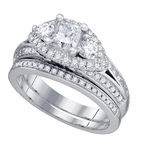 1.75 c.t.w   Total weight Diamond with 1c.t center in 14 Karat White Gold