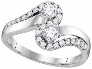 3/4 ctw Diamond Engagement Ring in 10 karat White Gold.