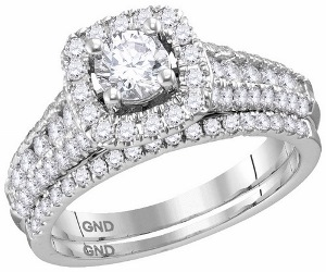 1.50 c.t.w Diamond Bridal Set with 0.50 c.t Center Round Diamond in 14 Karat White Gold.