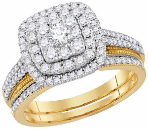 1c.t.w Diamond Fashion Bridal Set in 14 Karat Yellow Gold.