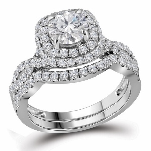 1.87 c.t.w Diamond Bridal Set with 0.87 c.t. Round Cut Center Diamond