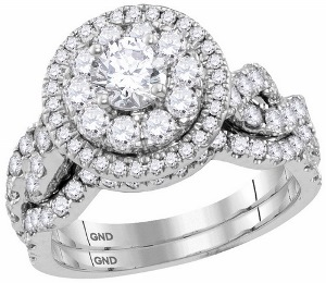 2 c.t.w Diamond Bridal Set with 0.50 c.t Center Round Diamond in 14 Karat White Gold.