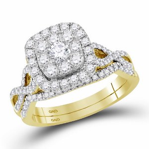 1.00 c.t.w Diamond Bridal Set with 0.20 c.t Center Diamond in 14 Karat Yellow Gold