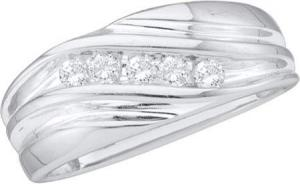 0.25 CTW ROUND DIAMOND MEN'S RING -Presenting a remarkable design and unsurpassed brilliance, this 10 kt white gold men's band is unparalleled with handsome elegance and sweet thoughts of love. Totaling a brilliant 0.25 ct., round diamonds diagonally line the band.