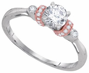 0.62 c.t.w Diamond Engagement Ring with 0.50 c.t center Diamond in 10 Karat White Gold