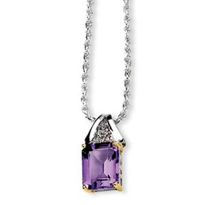 Gemstone Amethyst  pendant shines on this glamorous necklace made of sterling silver